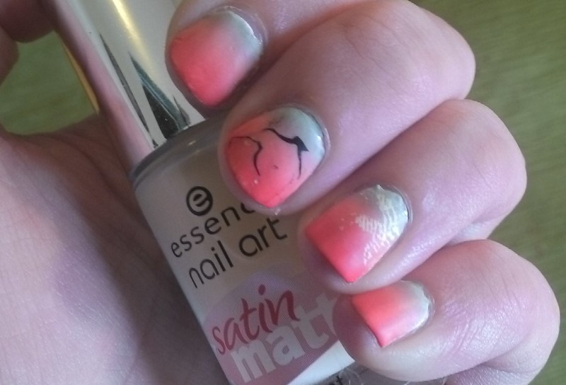 Last Rays of Summer nail art by Kristyna