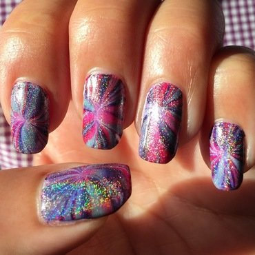 starburst holo nail art by Idreaminpolish