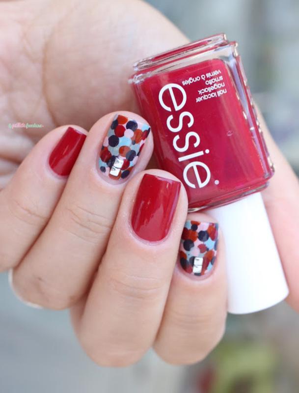 Elmer's confetti  nail art by nathalie lapaillettefrondeuse