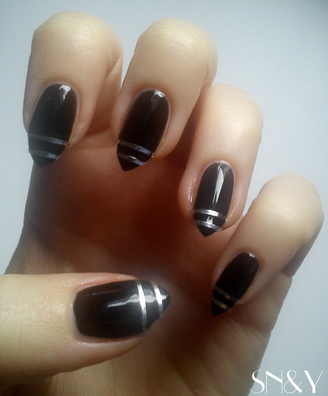 Striped nail art by StyleNailsAndYou