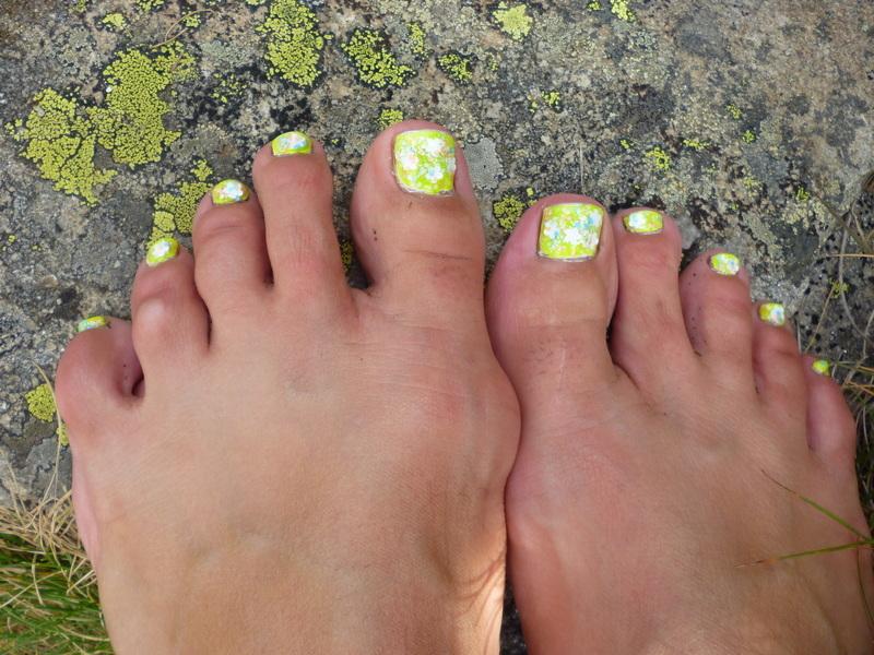 Summer garden feet nail art by velinux