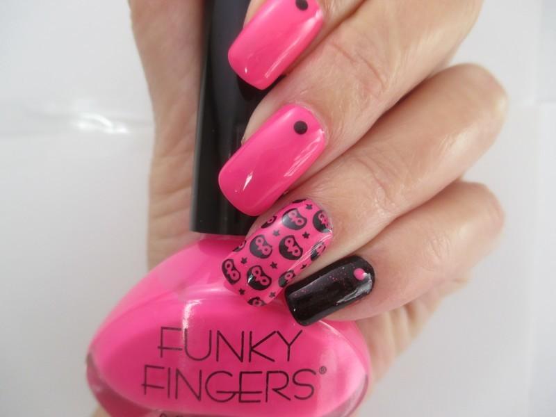Moody Owls nail art by NinaB