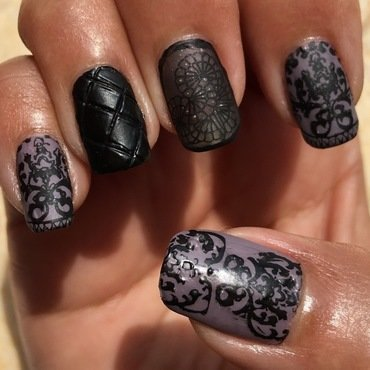 fall damask nail art by Idreaminpolish