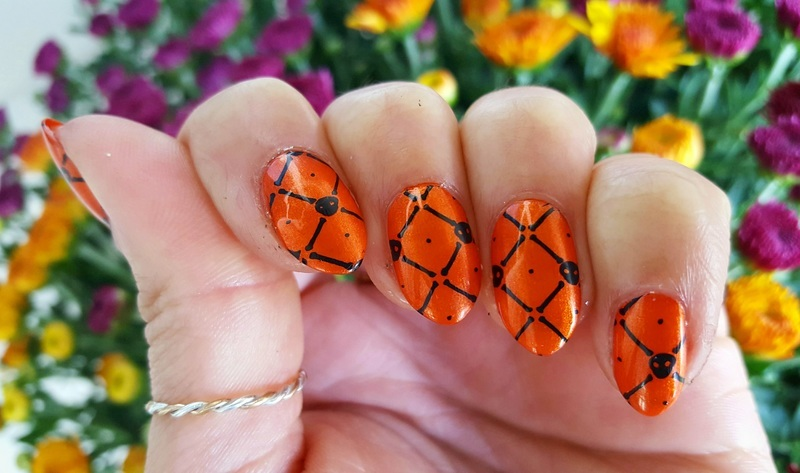 Dainty Skull and Crossbones nail art by Alisha Worth