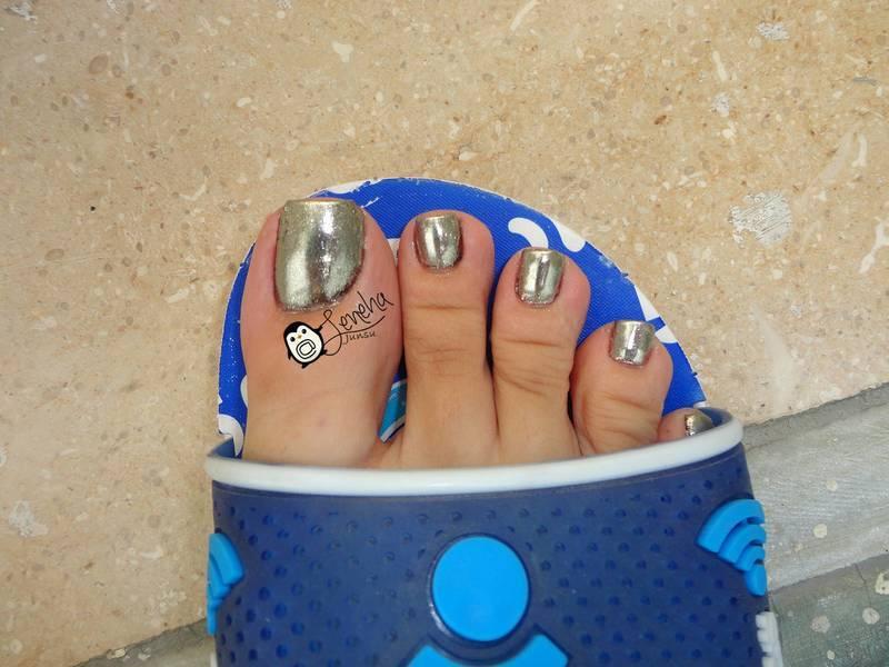 Chrome Toe Nail Art Pedicure nail art by Leneha Junsu
