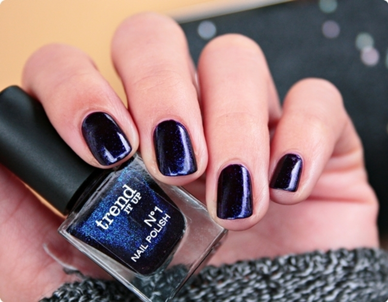 Trend It Up N°1 Nail Polish 190 Swatch by Romana