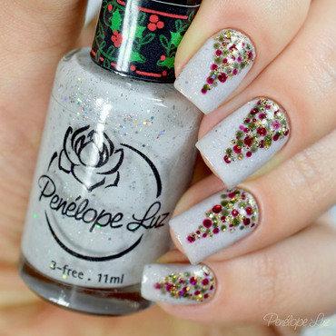 Christmas Nail Art nail art by Penélope Luz