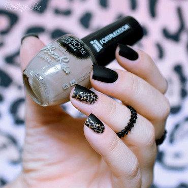 Leopardo Nail Art nail art by Penélope Luz