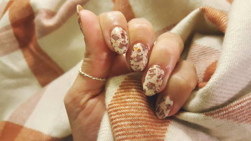 Pumpkin Spice Latte nail art by Alisha Worth