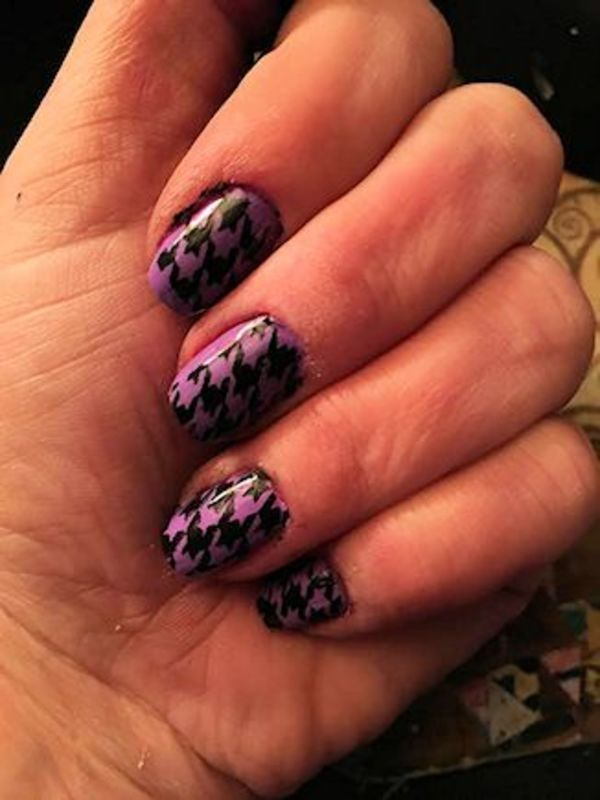 HOUNDSTOOTH nail art by FRANCESCA SPORTELLA
