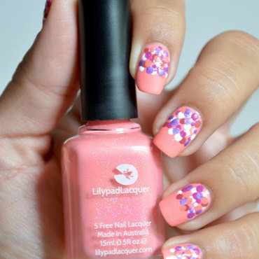 Nail art dots  nail art by Sweapee