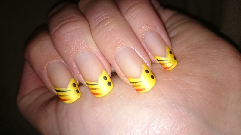 Easy tip nail art by Sabina Salomonsson