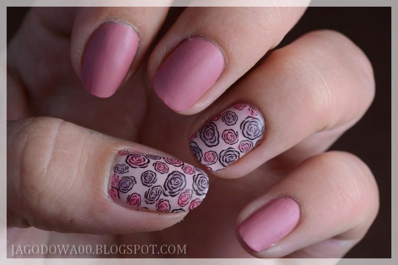 Little Roses nail art by Jadwiga
