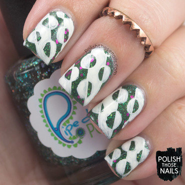 Green glitter white geometric circle nail art 4 thumb370f