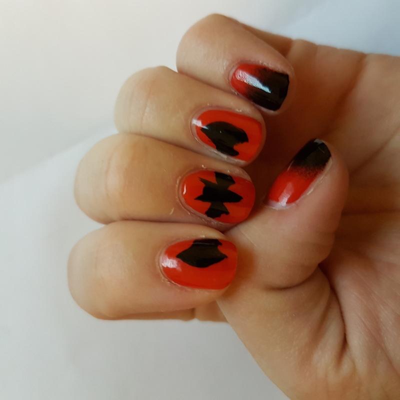 Halloween gradient with BIG BAT  nail art by TheSailorWoman