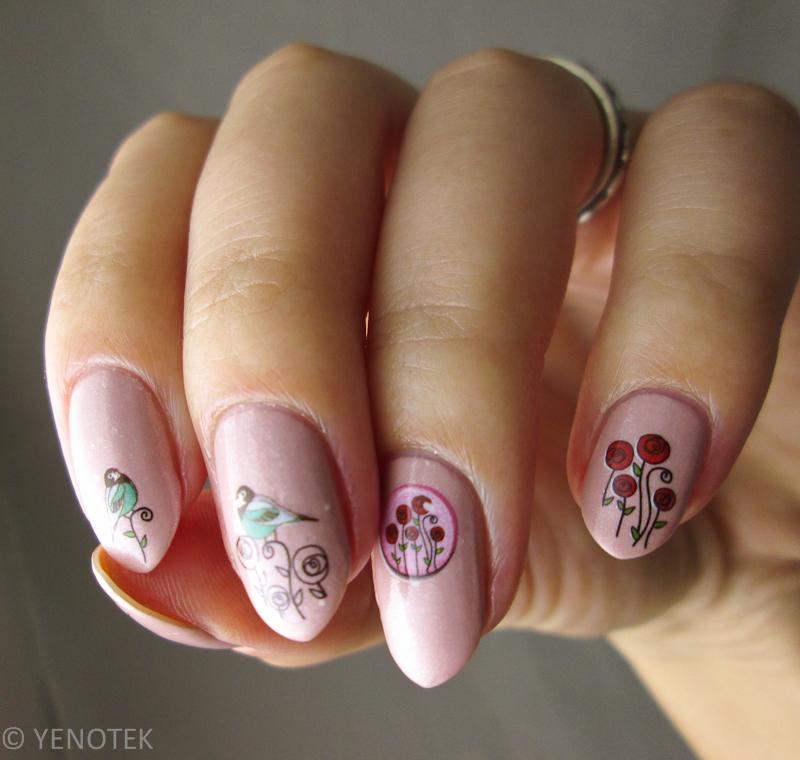 Sweet nail art by Yenotek