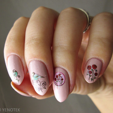 Sweet nail art by Yenotek