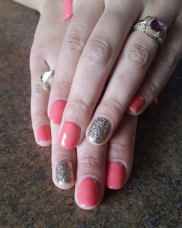 Coral and Sparkles  nail art by Ailesh Abrams