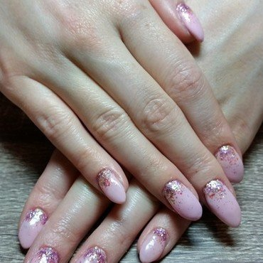 Funfetti  nail art by Ailesh Abrams