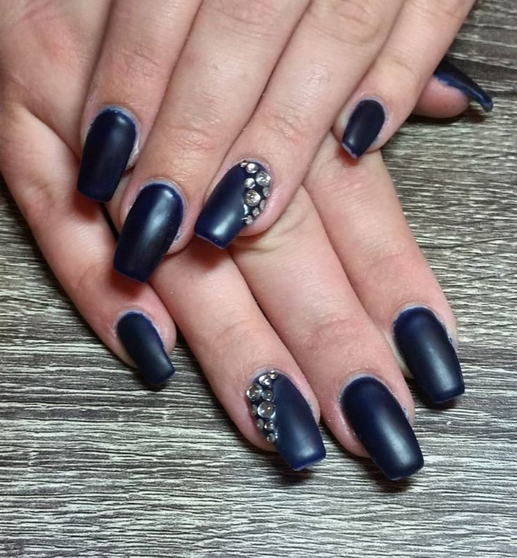 Matte Midnight  nail art by Ailesh Abrams