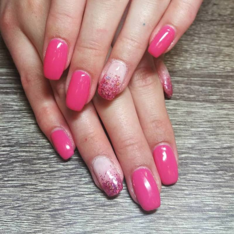 Party Pink  nail art by Ailesh Abrams