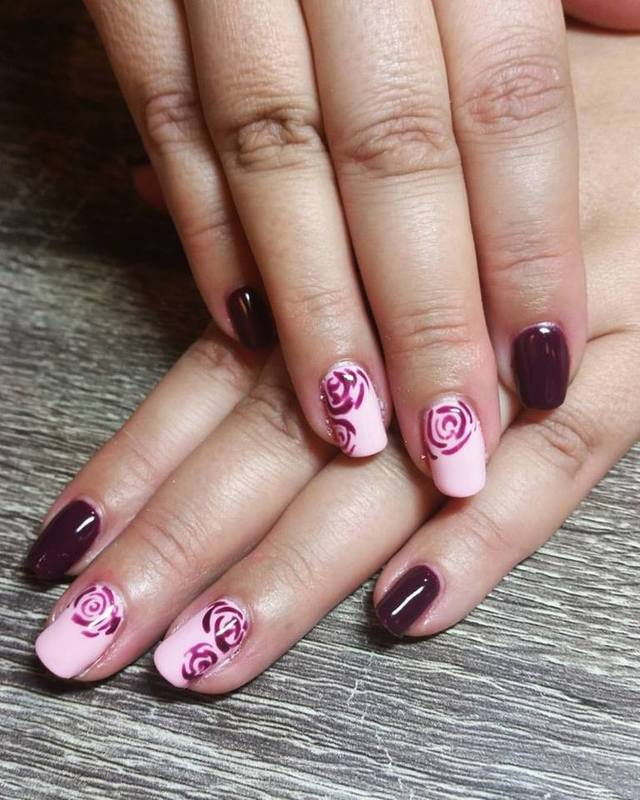 Roses and Romance  nail art by Ailesh Abrams