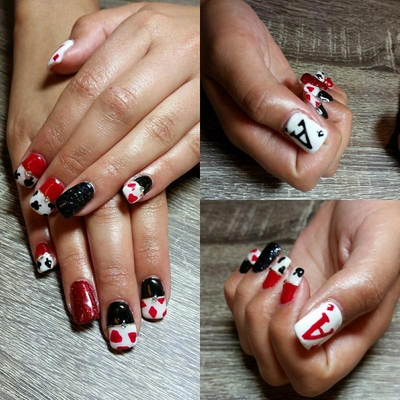 Vegas Baby! nail art by Ailesh Abrams