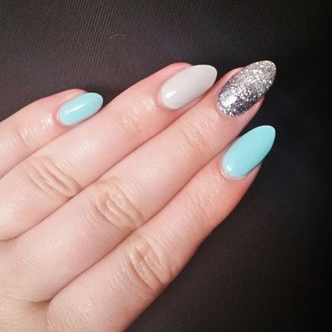 Tiffany 20blue 20with 20sparkle 20ombre thumb370f