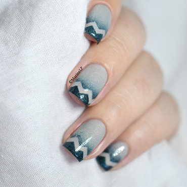 Gradient chevrons tips nail art 20 5  thumb370f