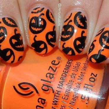 Jack O'Lantern nail art by Plenty of Colors