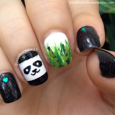 Panda + Bambu nail art by Jessi Brownie (Jessi)