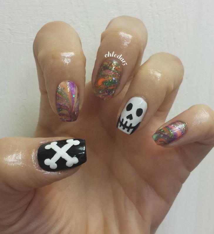 Smiling Skeleton nail art by chleda15