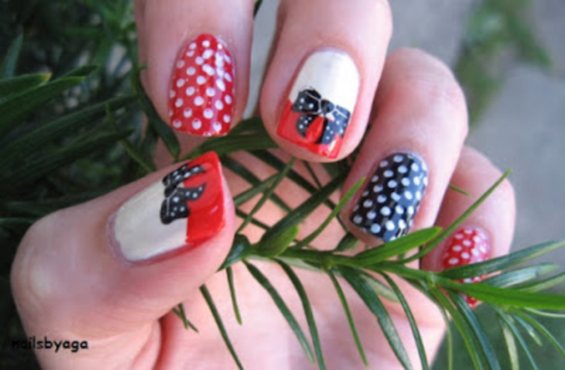 Pin up style nail art by agazar30