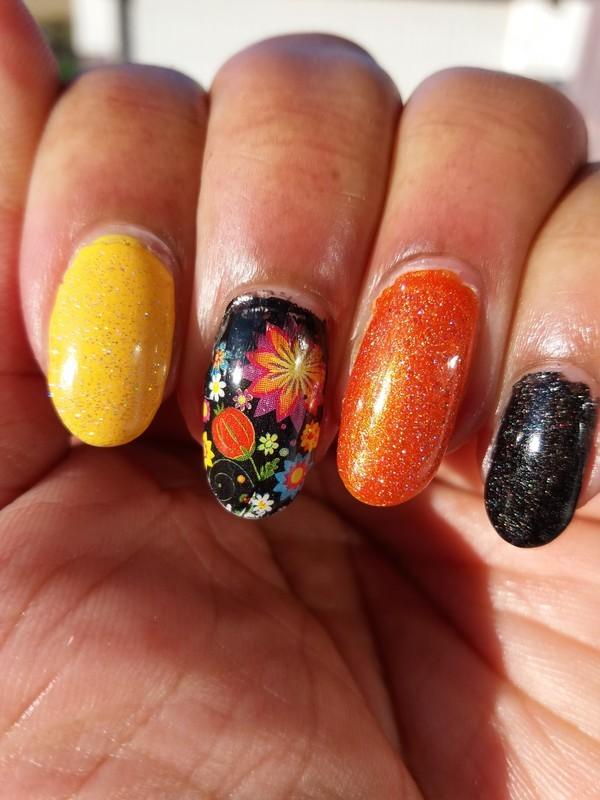 Pretty Fall Colors nail art by Jackie Bodick - Nailpolis: Museum of ...