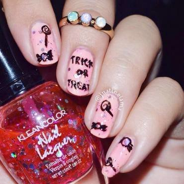 Trick or Treat nail art by ℐustine