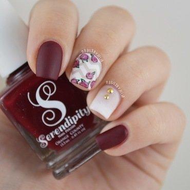 Chevron floral nail art by Julia