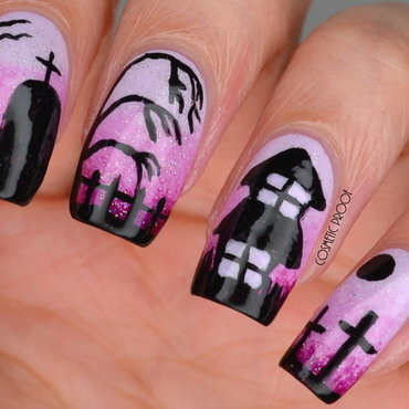 Haunted House Gradient nail art by Jayne