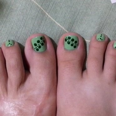 My green obssesion recently nail art by 9Sh4DeSOfBl4ckBooD