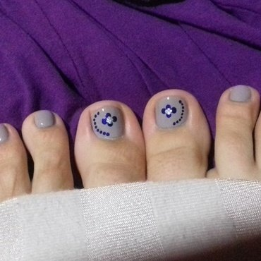 Lilac and purple dots nail art by 9Sh4DeSOfBl4ckBooD