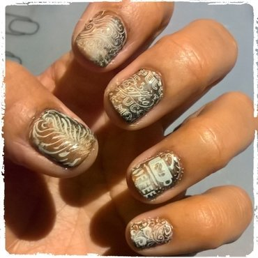 Stamping over Macchiato Manicure 💅  nail art by Avesur Europa