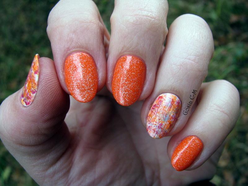 Pumpkin dry brush nail art by Nail Crazinesss