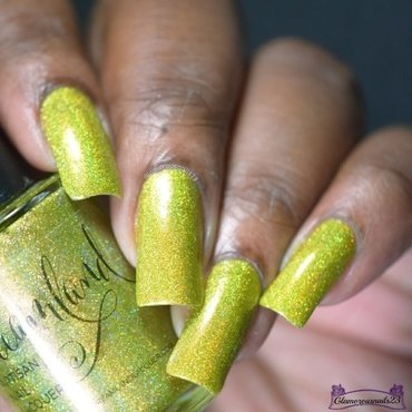 Dreamland Lacquer Spark Sprite Swatch by glamorousnails23