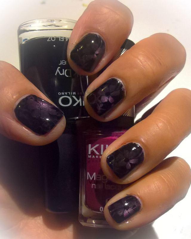 Purple Depth  nail art by Avesur Europa