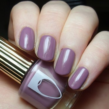Flossgloss Mauve wives Swatch by nailicious_1