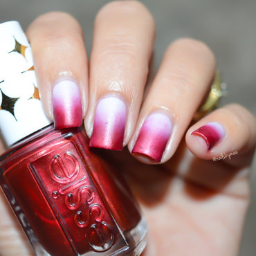 Fall Gradient nail art by Sheily (NailsByMae)