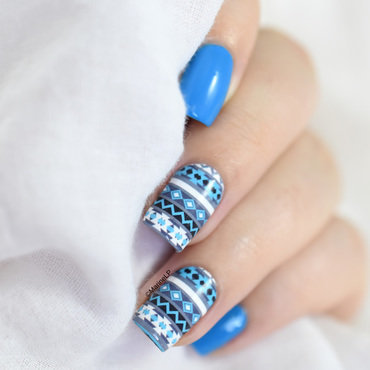 Winter sweater nail art by Marine Loves Polish
