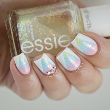 Glitter gradient nail art by Julia