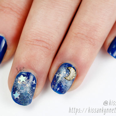 Galaxy Nails for a Friend nail art by Yue