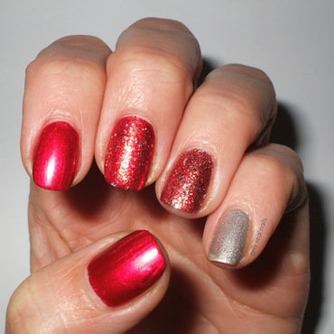Not your ordinary red nails nail art by only real nails.