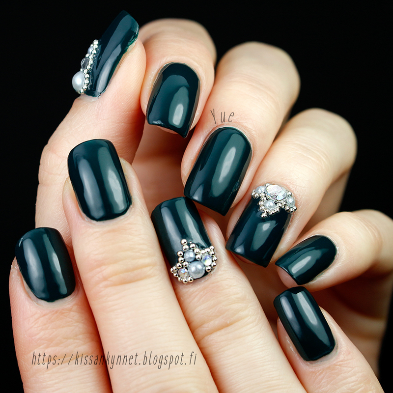 My newest polish crush nail art by Yue - Nailpolis: Museum of Nail Art
